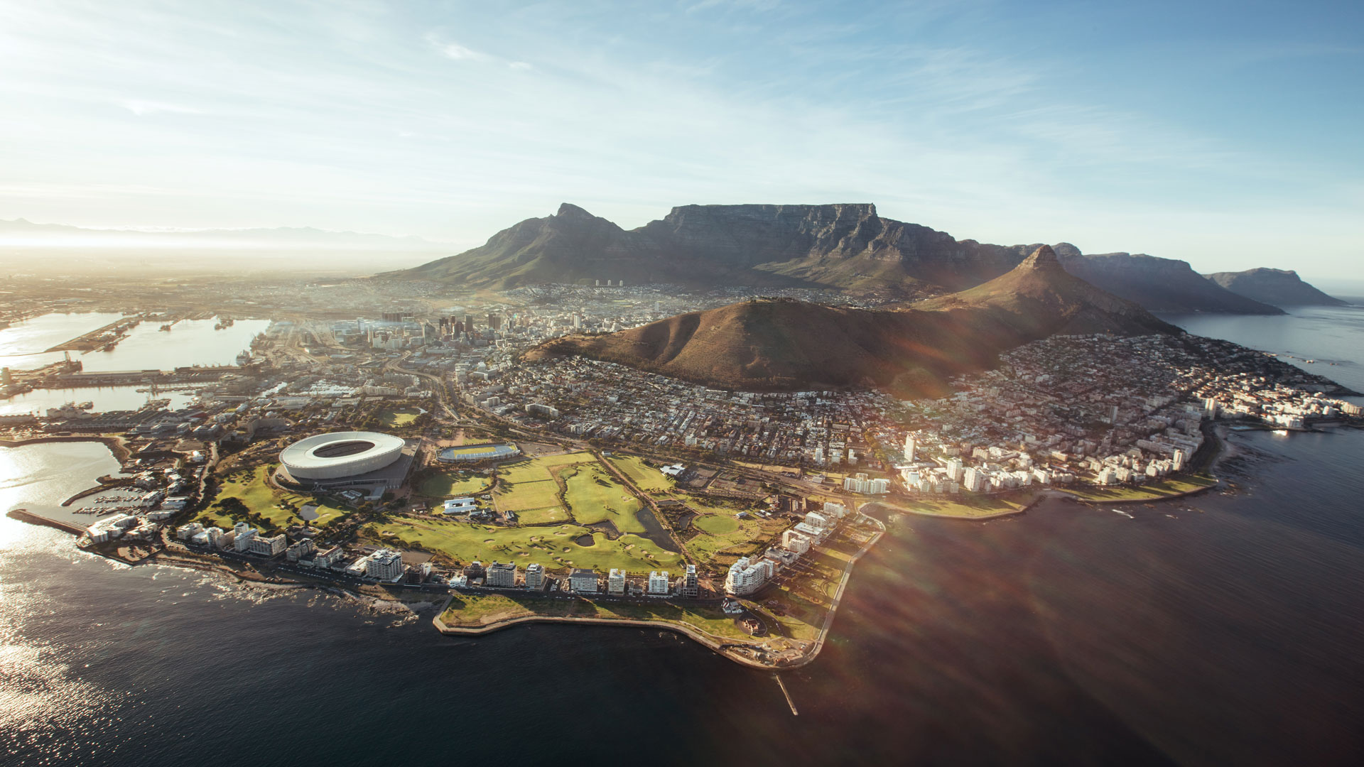 aerial-view-of-cape-town-south-africa-PTFWKN7